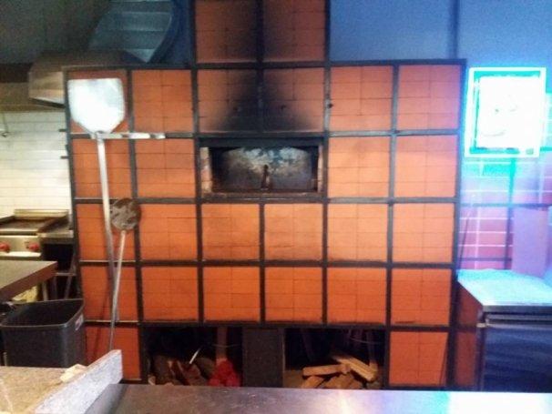 Чистка дымохода и крышного вентилятора от пицци-печи в ресторане Tiesto Grill